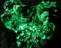 MALACHITE CHUNKY   ROUGH FROM CONGO 91.80 CTS [F 1738]