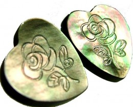 PAIR  MOTHER OF PEARL CARVED HEARTS - 4.70 CTS [PF 1267]