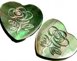 PAIR  MOTHER OF PEARL CARVED HEARTS - 5.10 CTS [PF 1269]
