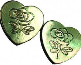 PAIR  MOTHER OF PEARL CARVED HEARTS - 4.95 CTS [PF 1279]
