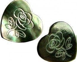 PAIR  MOTHER OF PEARL CARVED HEARTS - 4.75 CTS [PF 1290]