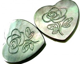 PAIR  MOTHER OF PEARL CARVED HEARTS - 4.85 CTS [PF 1291]