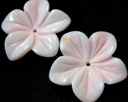 BAHAMAS CONCH SHELL  FLOWER CARVING  -  10.20 CTS [PF 1432]