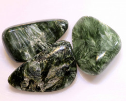 51.35CTS GREEN SERAPHINITE  STONE PARCEL ADG-440