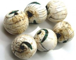 SHELL BEADS ( 3 PAIR) 187 CTS ADG-425