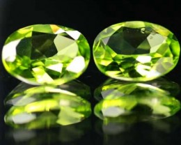 VS  -PAIR-PERIDOT STONE-OVAL   3.41 CTS [S 5321 ]