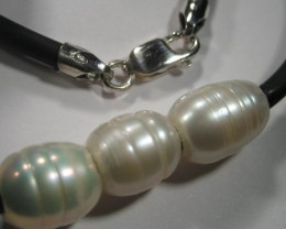 YOWAHOPALS*42cm Natural  Pearls on Neoprene...