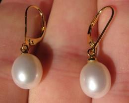 14k gold white freshwater pearl earrings 9-10mm  P15