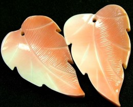 BAHAMAS CONCH LEAF  CARVING PAIR 23.80 CTS [PF 1303]