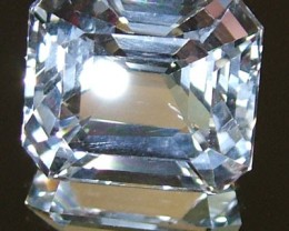 FACETED CLEAR CRYSTAL QUARTZ 11.60 CTS  PG-1179