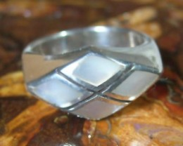 *JENZGEMS* 925 STERLING SILVER MOP INLAY RING SIZE 8