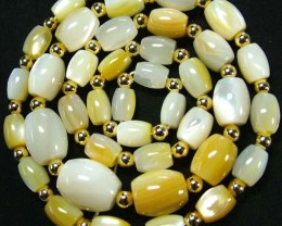 MOTHER OF PEARL BEAD STRAND 177.80 CTS [PF1741]
