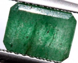 AVENTURINE FACETED EMERALD GREEN 1.40 CTS PG-674