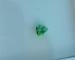 GREEN MERELANI GARNET .35 CARAT TRILLION CUT GEMSTONE GROSSULARITE