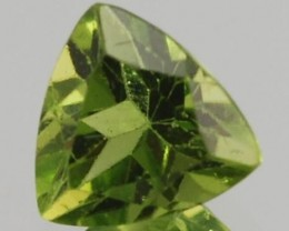 PERIDOT .81 CARAT WEIGHT TRILLION CUT APPLE GREEN GEMSTONE