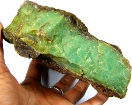 COLLECTROS 2 KILO CHRYSOPRASE ROUGH  SPECIMEN  SG 1701