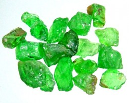 5 CTS  TSAVORITE ROUGH CRYSTAL GREEN (PARCEL)  RG-602
