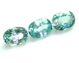 BLUE ZIRCON FACETED STONE (3PCS) 4.45 CTS  PG-1130