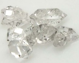 7 CTS  CRYSTAL QUARTZ-LIKE HERKIMER-DIAMOND RG-1209