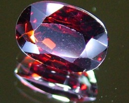 GARNET FACETED STONE 1.50 CTS PG-906