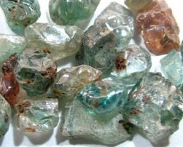 50 CTS BLUE ZIRCON ROUGH CAMBODIA (PARCEL)  RG-993