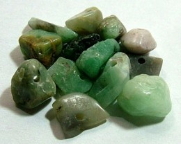 EMERALD BEAD UNTREATED DRILLED 23 PCS 40.15 CTS  NP-1321
