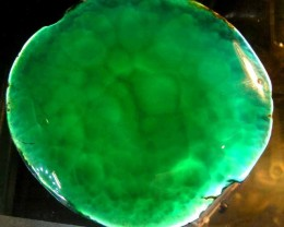 LARGE EMERALD GREEN  SLATE  325.00 CTS   90472
