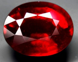 8.20 Carat Pidgeon Blood Ruby - VS2 - Superb Fire