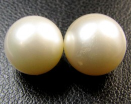 PAIR Champagne GRADED  TAHITIAN PEARL 16.8  CTS  RT 18
