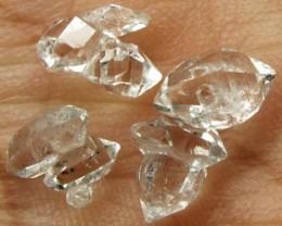 CRYSTAL QUARTZ-LIKE HERKIMER-DIAMOND (3PC) 2.87 CTS RG-1177