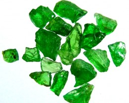 TSAVORITE ROUGH CRYSTAL GREEN (PARCEL) 5 CTS RG-1249
