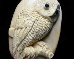 """OWL"" MAMMOTH CARVING 31.70 CARATS  RT 455"