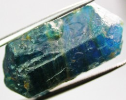 40.80 CTS APATITE ROUGH  [F3623]