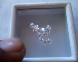 NATURALWHITE DIAMOND-8-11PTS-1CTWLOT