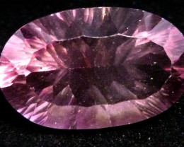 LARGE FLUROITE  BRIGHT VS  PURPLE HUES 21.15 CTS  RT 1135