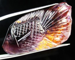38.95 CTS SUPER SEVEN CRYSTAL FISH CARVING  [MGW1132]