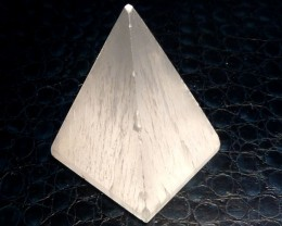 SELENITE PYRAMID SHAPE   CARATS 379.70  RT1759