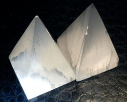 PARCEL OF 2 SELENITE PYRAMID SHAPE 802.60  CARATS   RT1761