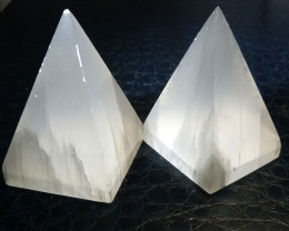 PARCEL OF 2 SELENITE PYRAMID SHAPE   CARATS 802.60  RT1762