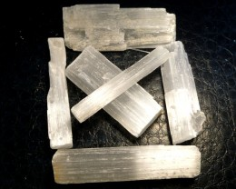 PARCEL 6 SELENITE STICKS  969.40  CARATS   RT1773