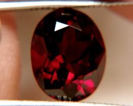 8.10 carat VVS1 Rhodolite Garnet - Gorgeous Gem