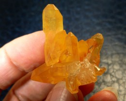 52 CTS TANGERINE CRYSTALS RT 2430