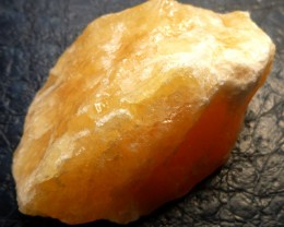296.05 CTS ORANGE CALCITE SPECIEMN MS 635
