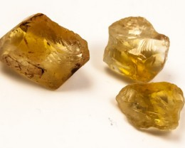 33CTS  A GRADE CITRINE ROUGH NATURAL JW-244
