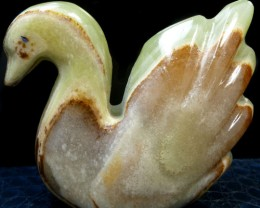 771 CTS SWAN  ONYX CARVING MS 850
