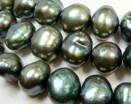 THREE STRANDS 8 MM GOLDEN BLACK   F/W PEARLS  RT 2627