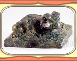 ** CARVING - 608.0ct Kambaba Jasper Frog Carving **