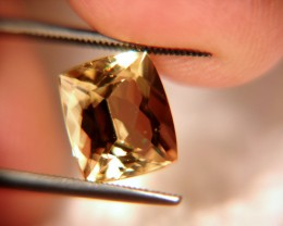 4.44 Carat VVS Golden Beryl Beauty - Exceptional Gem