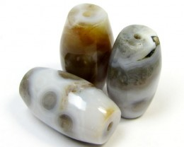 197 CTS PARCEL  THREE AGATE  BEADS AGR 266