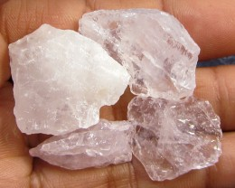15 CTS PINK QUARTZ ROUGH LOVE STONE!  TW 1215